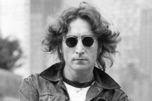 40 jaar zonder Lennon: zijn leven in vijf lustrums