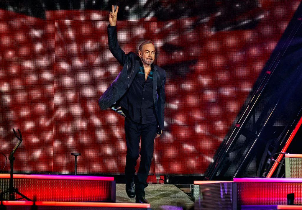 Recensie: Neil Diamond in Ziggo Dome: rauw, hees en teder ...