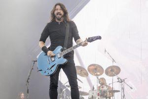 Foo Fighters halen woede van anti-vaxxers op de hals