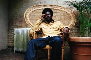 Goed leven volgens Michael Kiwanuka: 'Behandel jezelf als een koning'