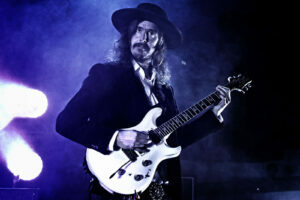 Opeth: serieuze muziek en schijtverhalen in Utrecht