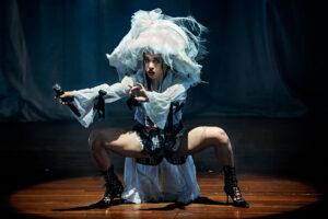 FKA twigs verbluft Carré met een popshow zonder grenzen