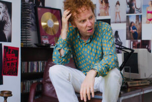 Britpop-biopic 'Creation Stories' mist kans op kans (Sky TV)