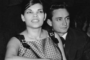 My Darling Vivian: een correctie in de Cash-historie (bios)